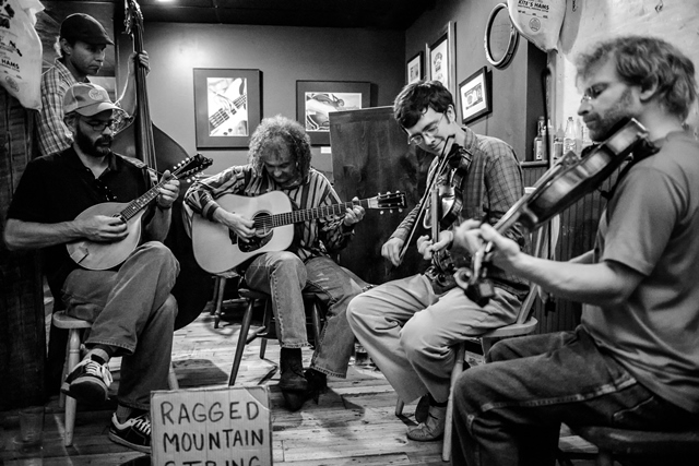 Ragged Mountain String Band, traditional old-time fiddle tunes and banjo songs